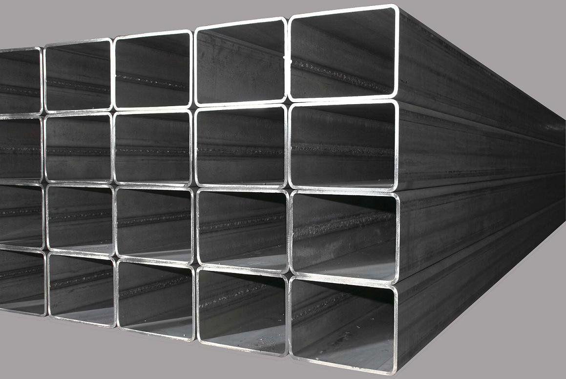Forming method of rectangular steel pipe