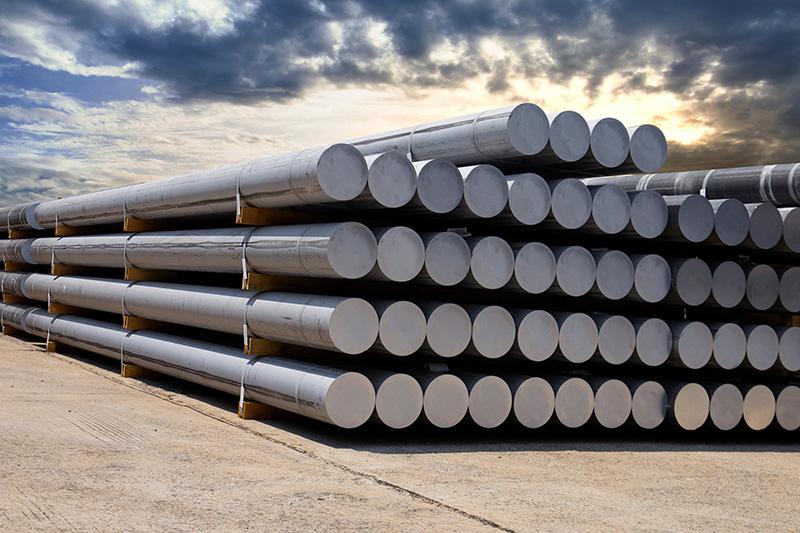 The rainy season is coming, steel prices are weak